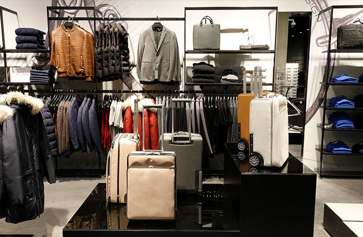 Porsche Design Outlet Store 01