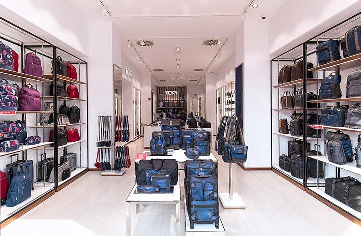 Tumi Outlet Store 01