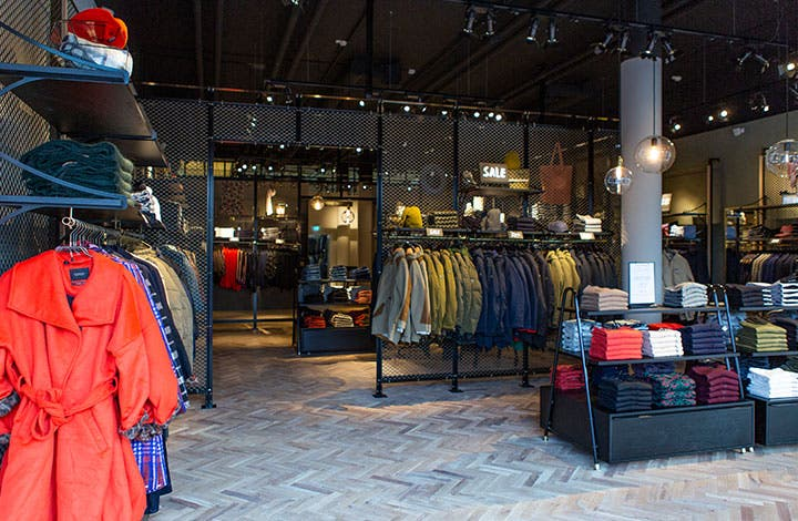 Scotch & Soda Outlet Store 01