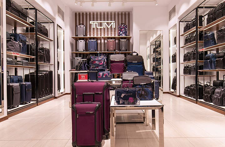 Tumi Outlet Store 04