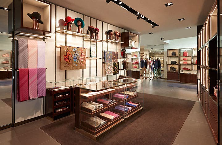 Gucci Outlet - Store 1