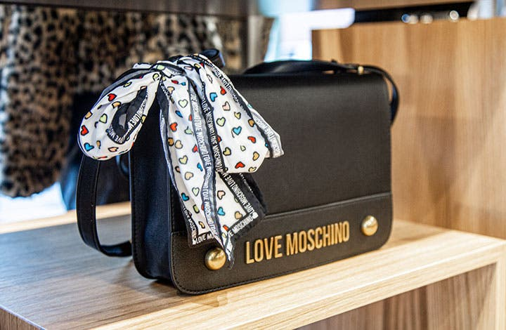 Moschino Outlet Tasche