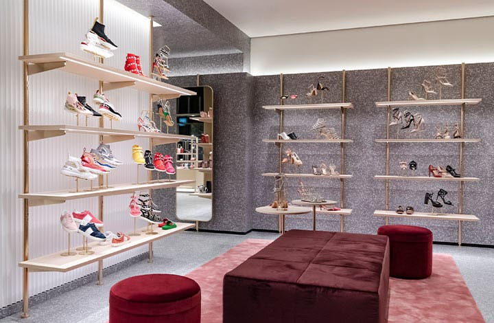 Valentino Outlet Store 03