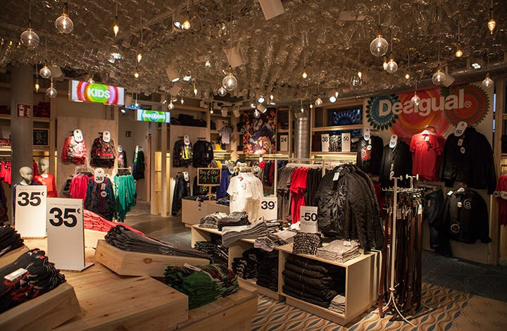 Desigual Outlet Store 02