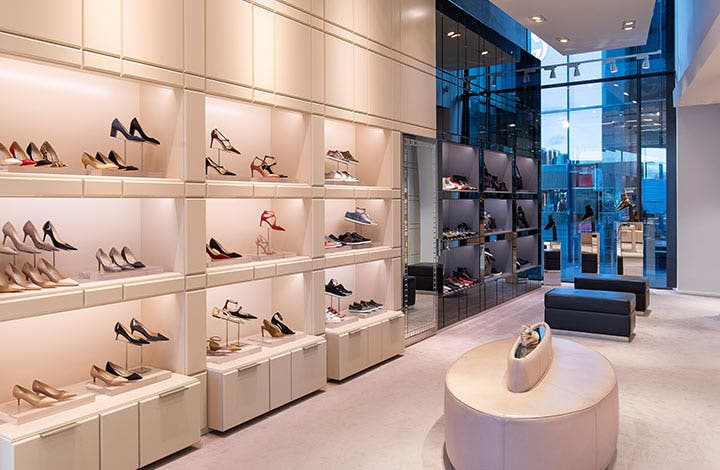 Jimmy Choo Outlet Store 02